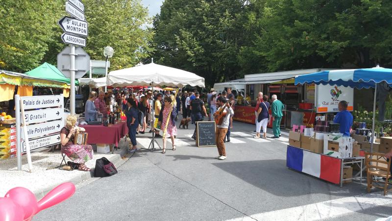 Market Day, Ribérac