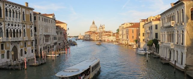 Enjoy an extended break in Italy with our brilliant 10 day itinerary and Italy guide