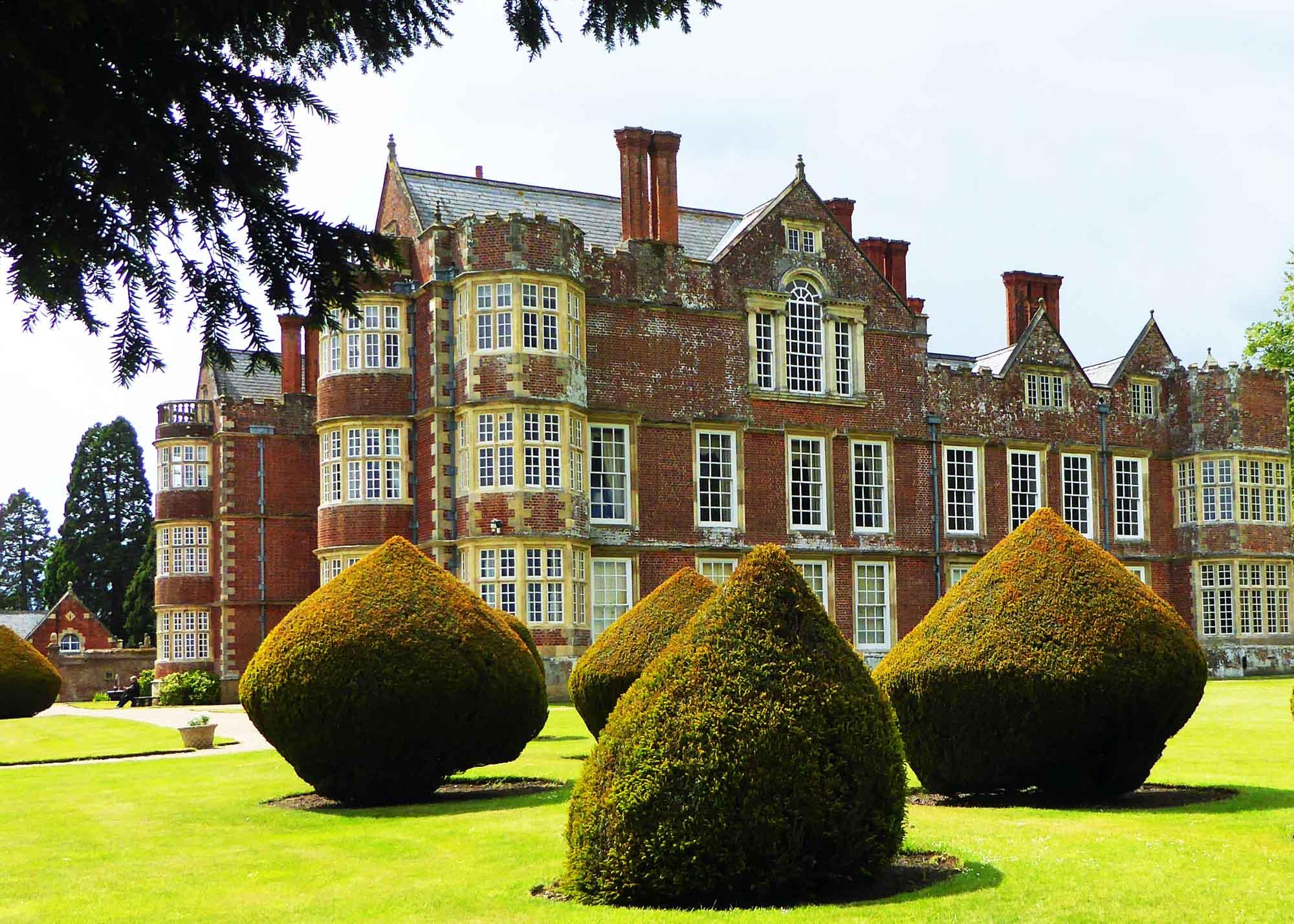 Burton Agnes Hall - Historic Houses